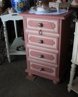 roze kastje (1)